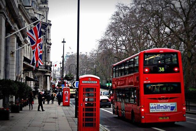 Jak odzyskać podatek z Anglii?